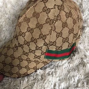 Gucci baseball hat